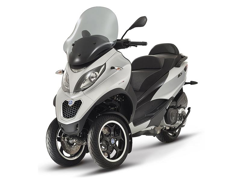 scooter piaggio mp3 300 abs asr sport le mp3 le plus puissant accessible avec un simple permis. Black Bedroom Furniture Sets. Home Design Ideas